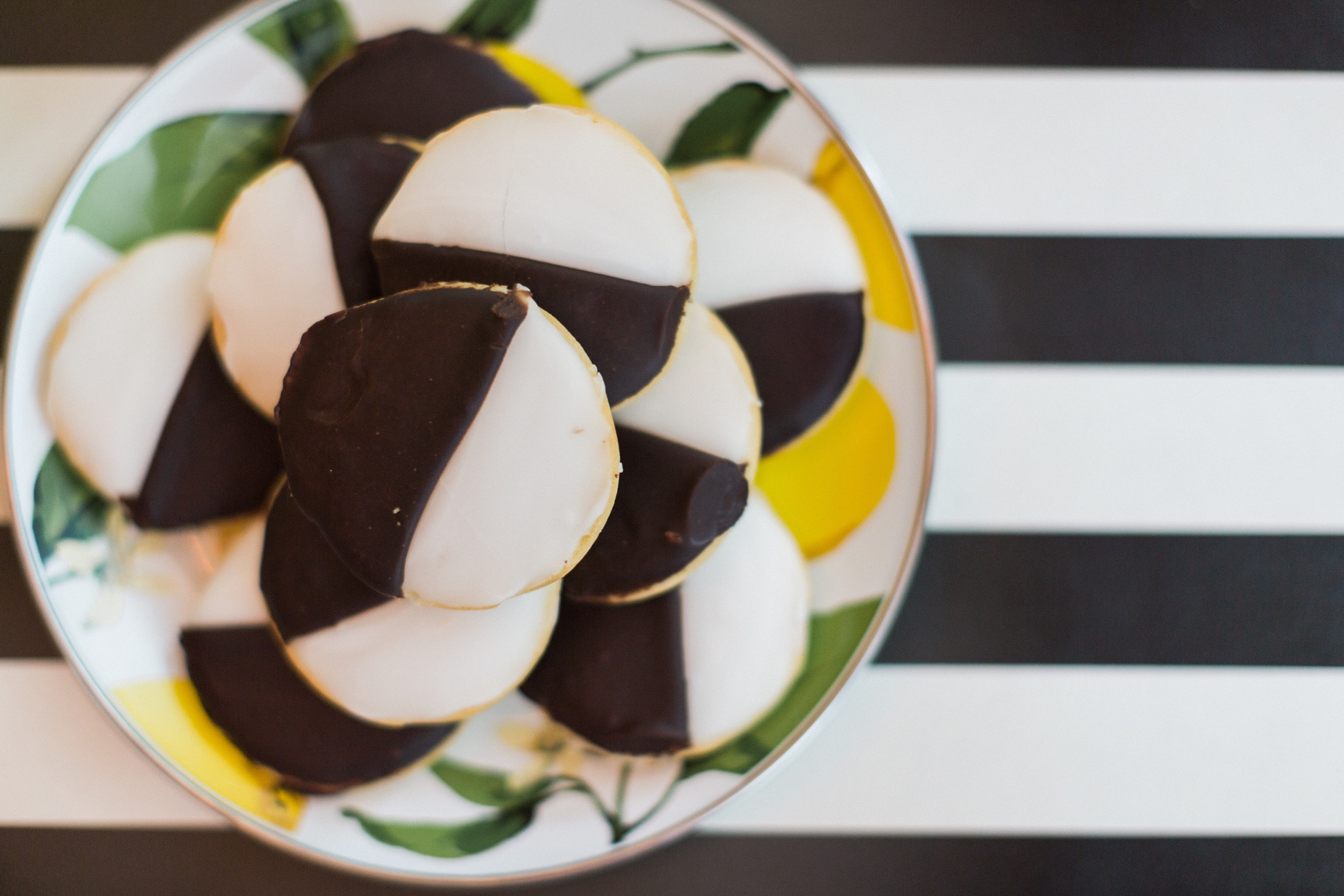 Great Tips for Bad Bakers: 6 Best Store-Bought Desserts