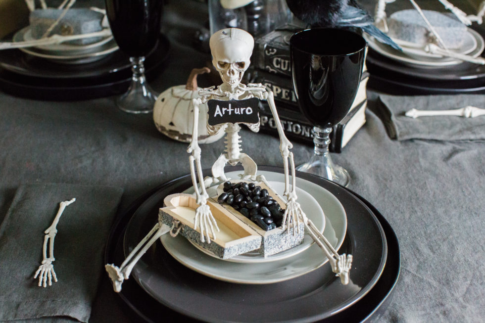 Spooky Fun (and DIY!) Halloween Table Decor