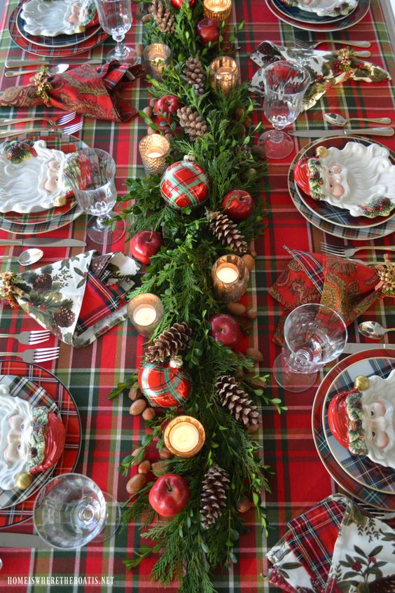 6 Great Holiday Tablescape Ideas and How to Recreate Them