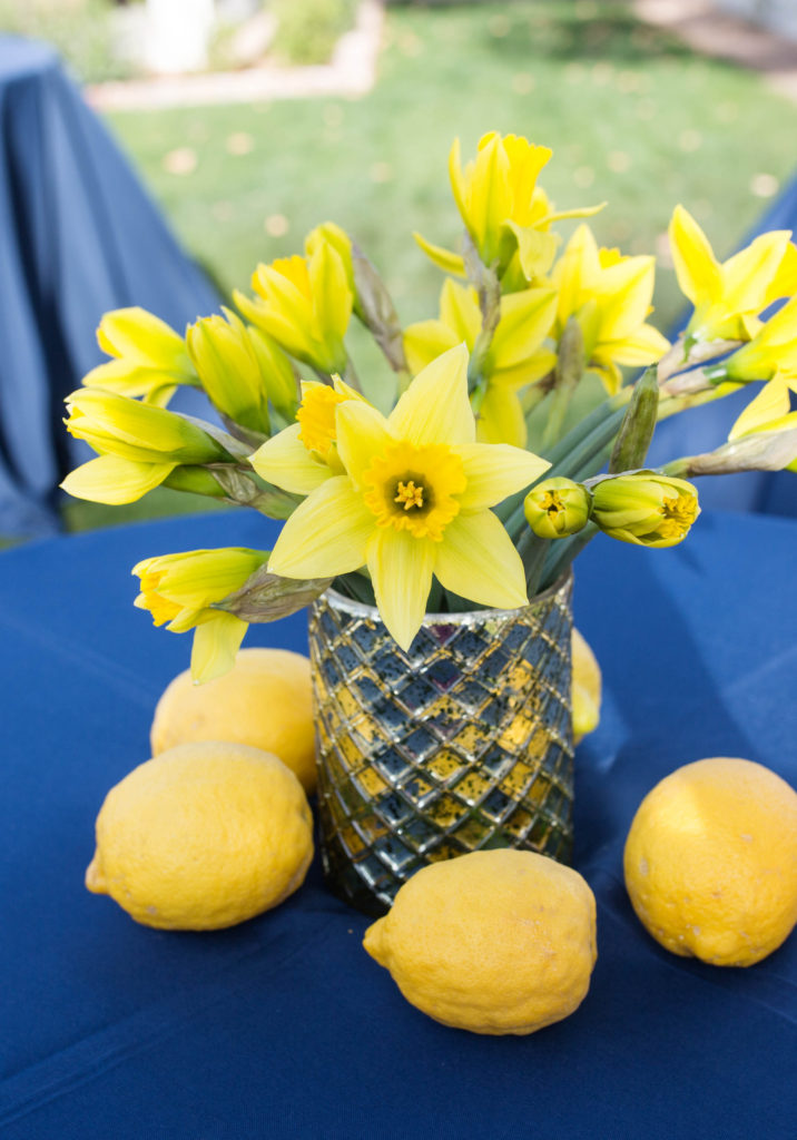 dafodils and lemons