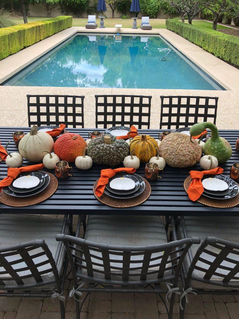 All-Pumpkin Fall Tablescape