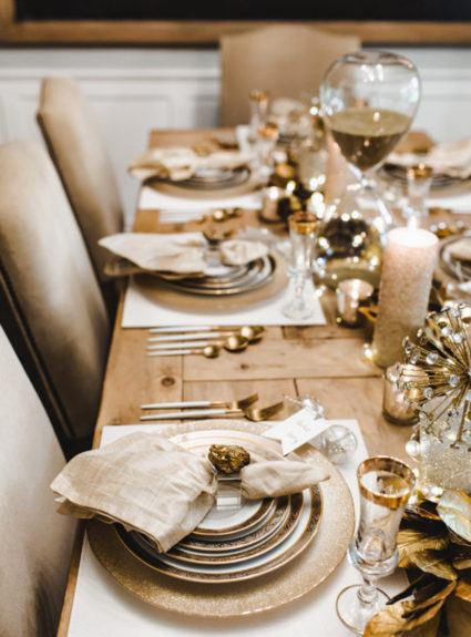 A Sparkly, Gold, and Glamorous New Year's Eve Dinner