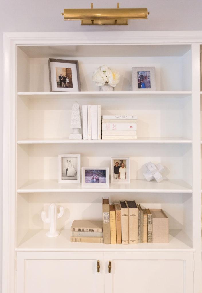 bookshelf accents