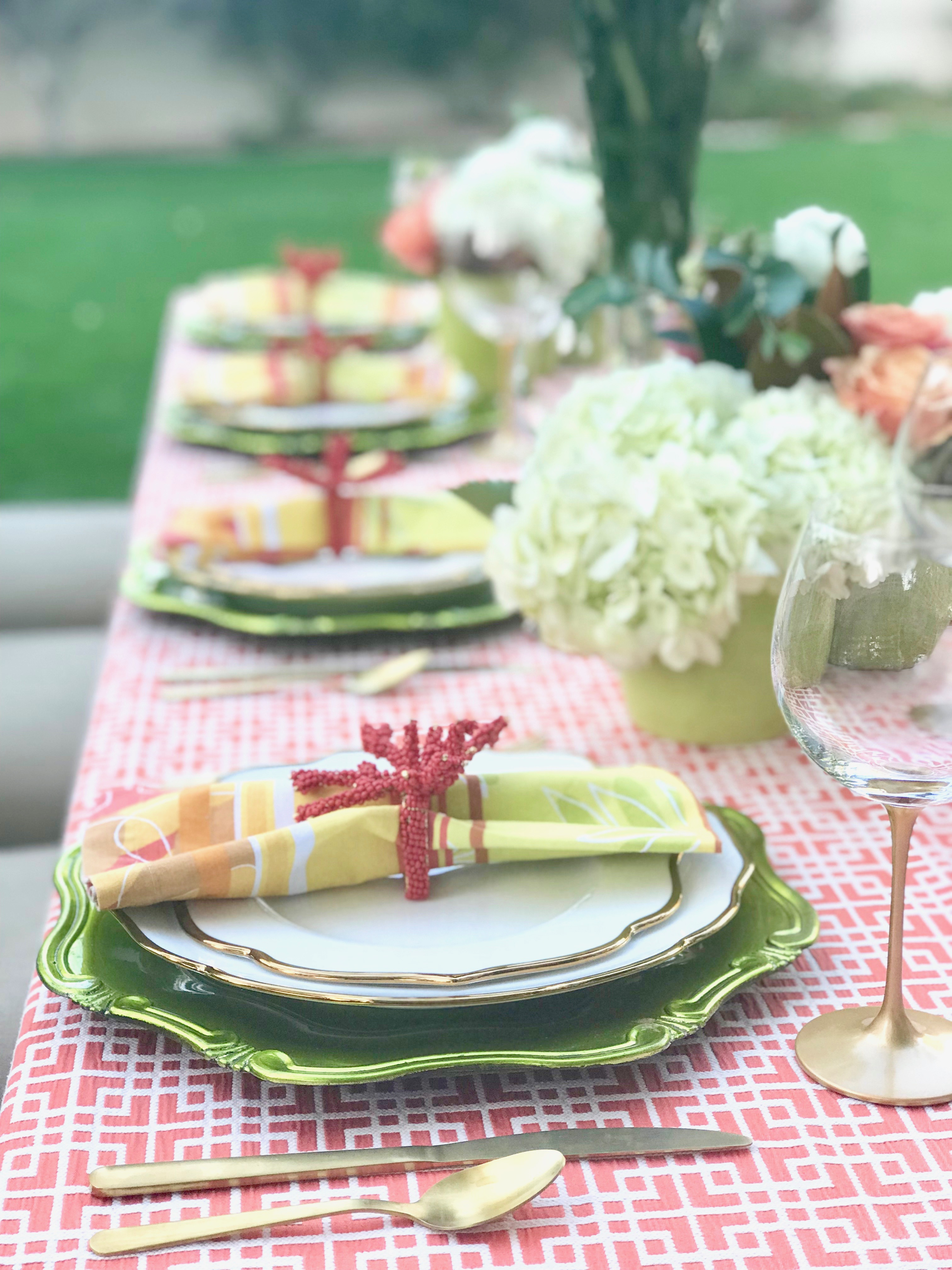 Coral and Lime Table: Dinner on the Lawn