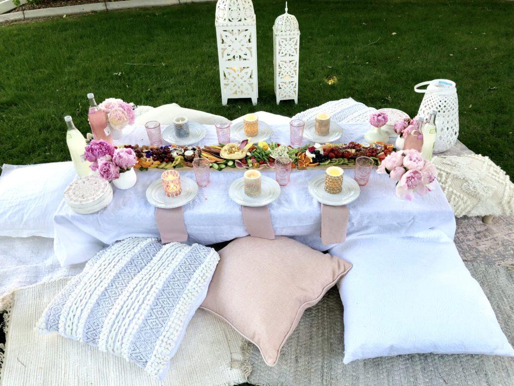 lawn picnic