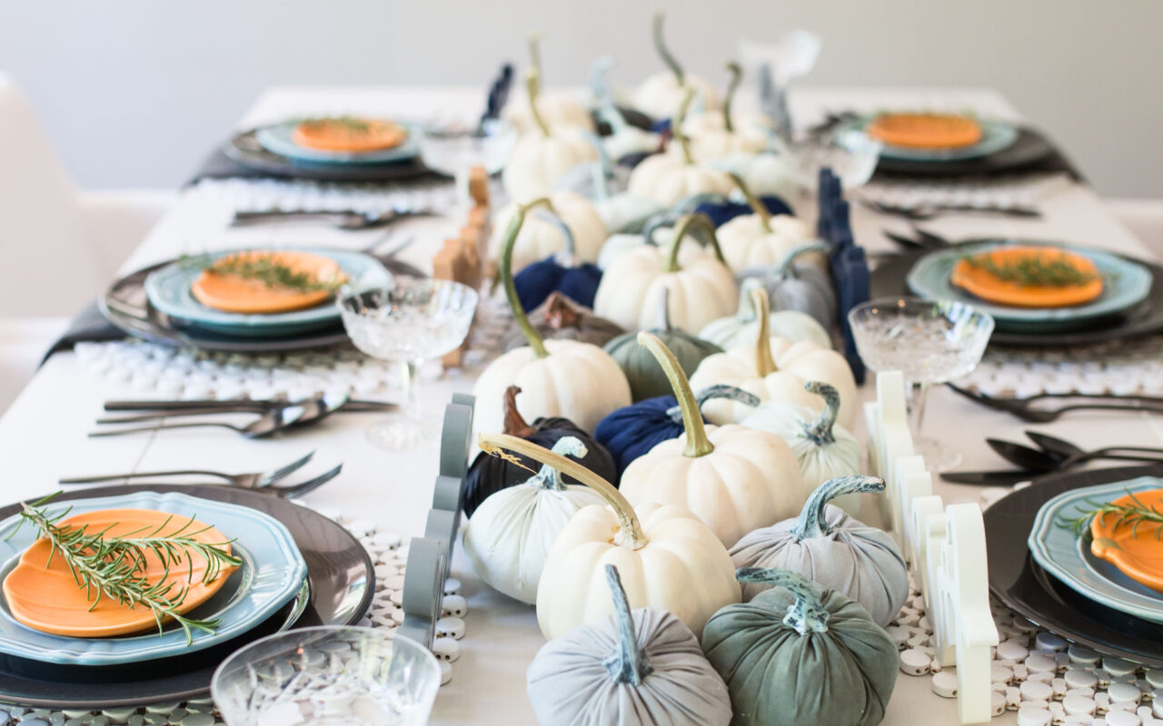 blue pumpkin table