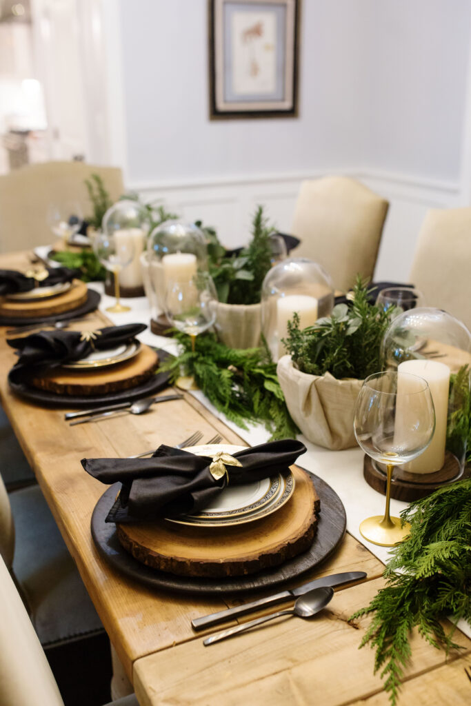 black and gold holiday table