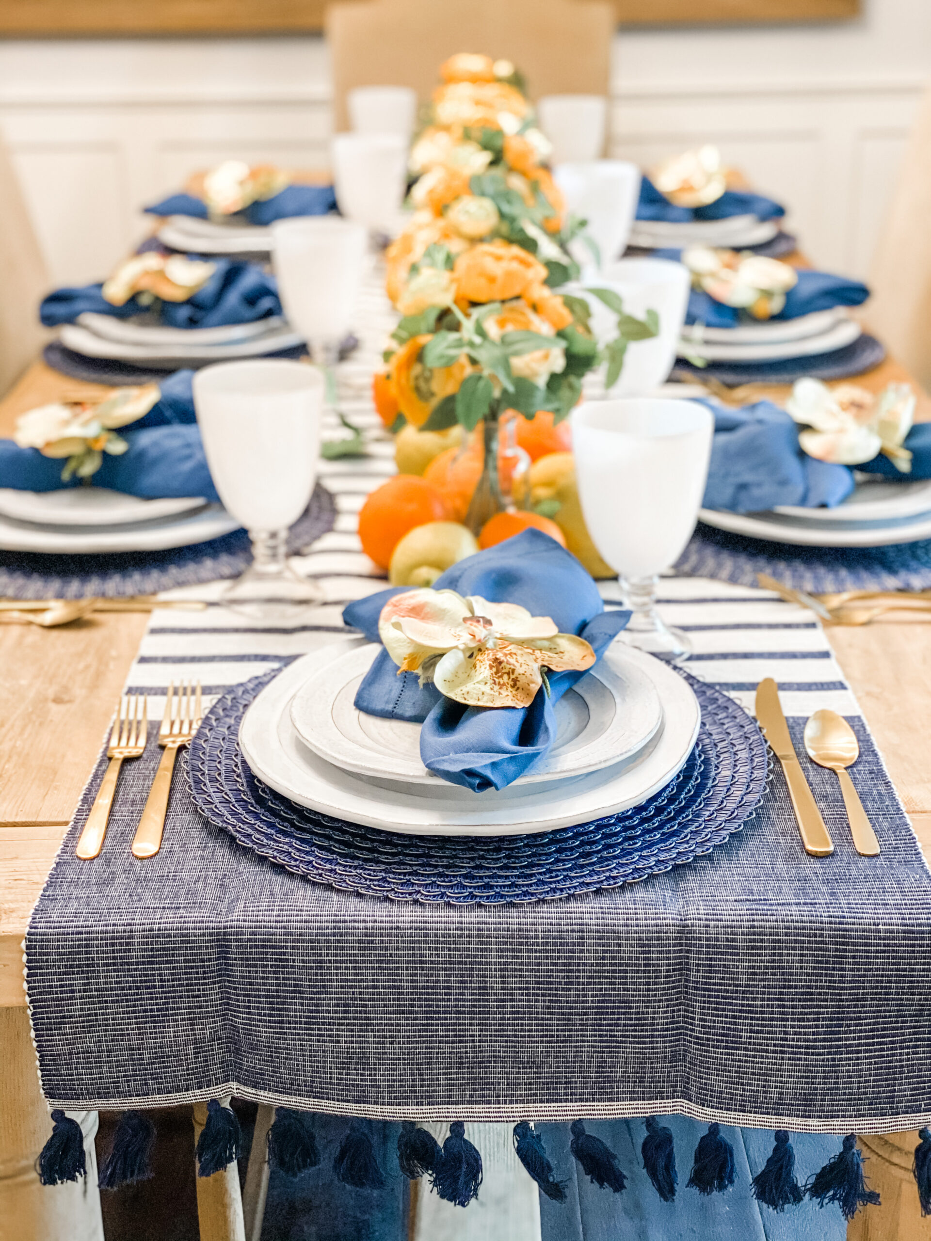 Fresh Citrus Table: Crisp Navy and Bright Fruit