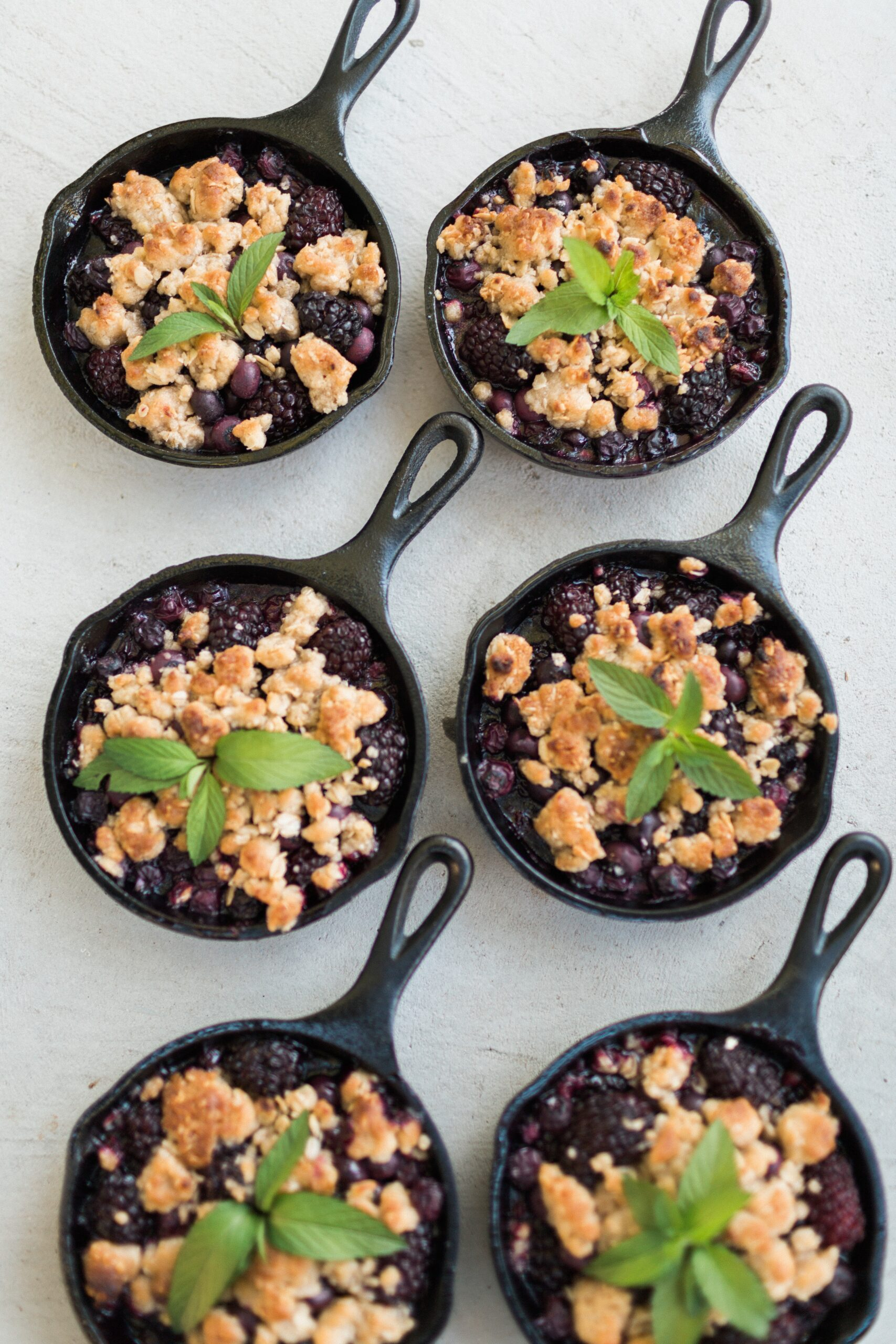 Best Summer Berry Recipes: Mini Blackberry Cobbler