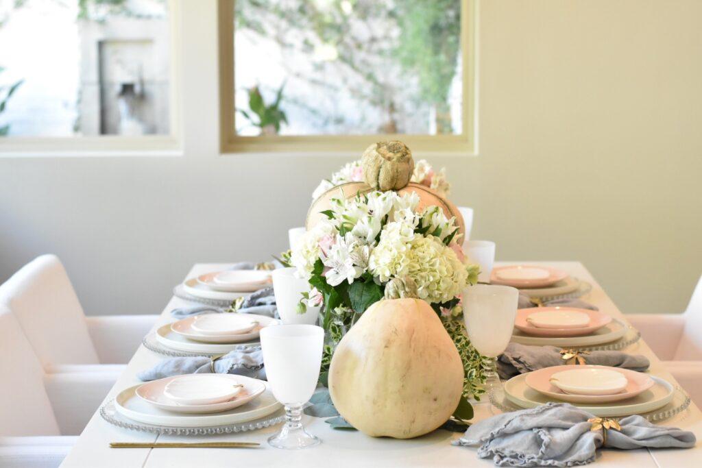 pink pumpkin table