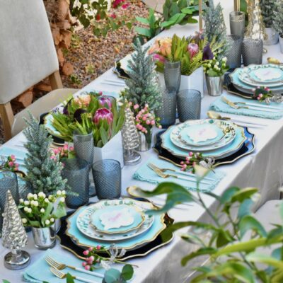 Christmas Table Setting: Dinner in the Garden