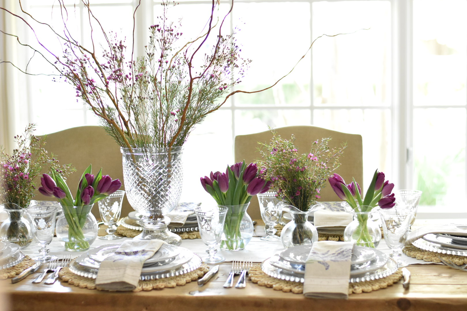 Purple Country Table: How to Use Wood Branches